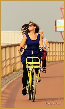 Best way to get to the Firework festival Scheveningen is by bike